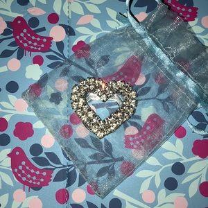 Accessories - Scarf heart brooch